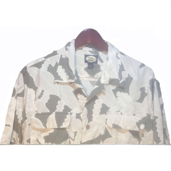 Tommy Bahama Other - Tommy Bahama Green Hawaiian Shirt Size M